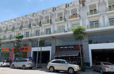 Quán cafe Shophouse Lê Trọng Tấn